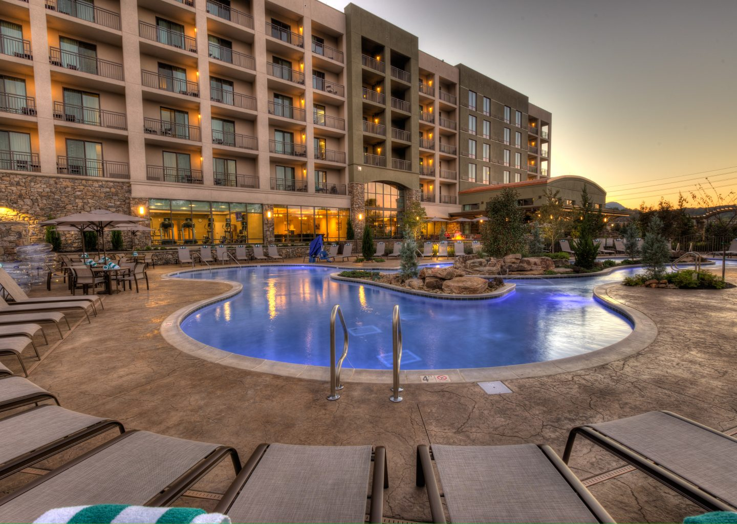 exterior view of outdoor pool area at Courtyard by Marriott Pigeon Forge