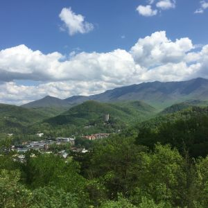 Gatlinburg's Smoky Mountain Harvest Festival Tunes and Tales
