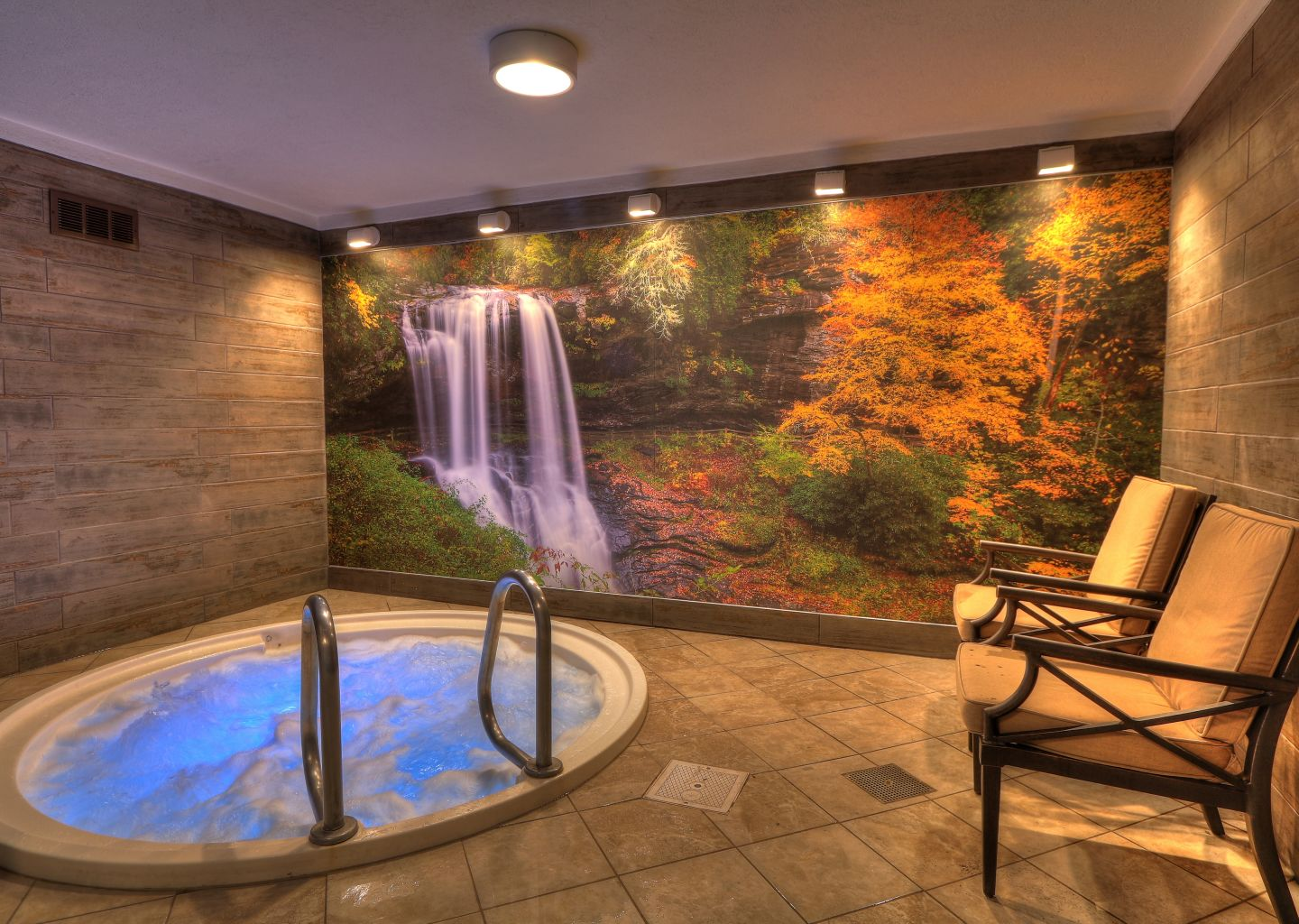 Quality Inn Pigeon Forge - Indoor Pool Hot Tub