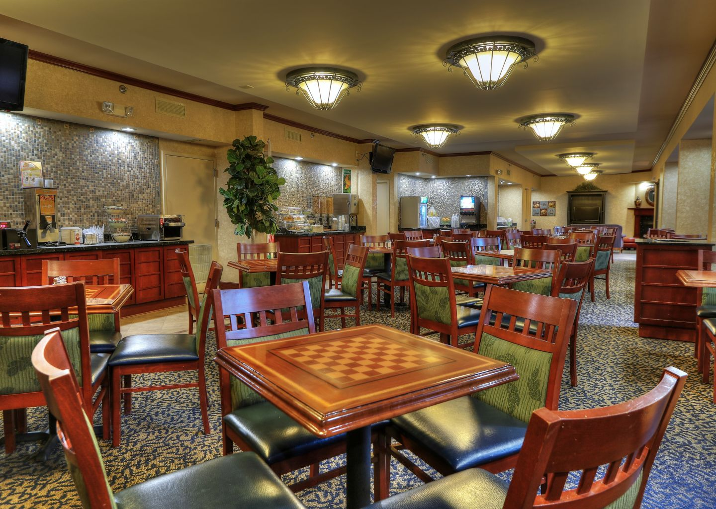 Quality Inn Pigeon Forge - Breakfast Area 2